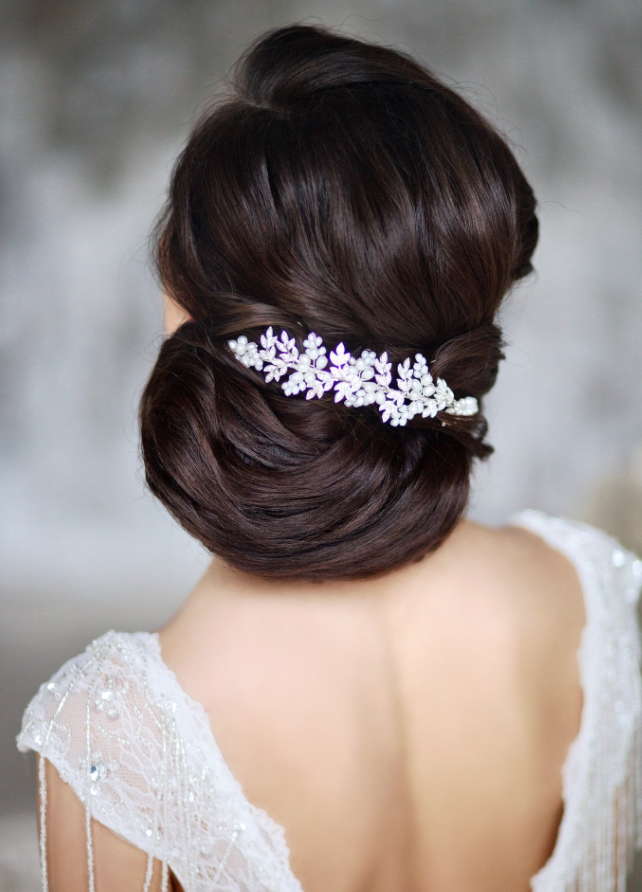 wedding-hairstyle with accessories