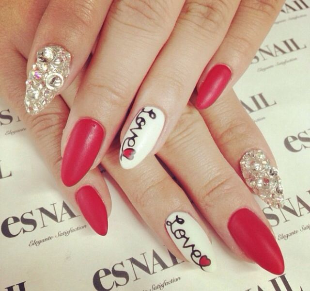 Eye Catching Stiletto Nail Designs