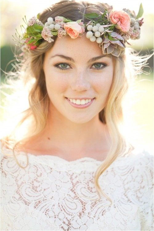 Wedding Hairstyle With Crown : Gorgeous bridal hairstyles with flower crowns