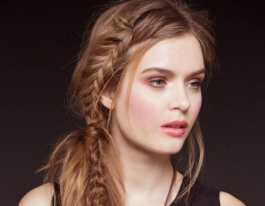 Chic-Side-Braid-Hairstyles-686x1024