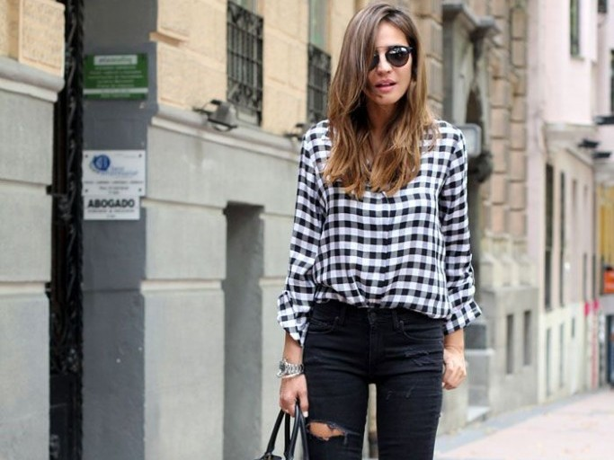 How To Make A Statement With Black Ripped Jeans This Fall