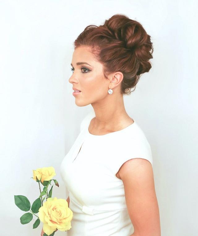 The_Freckled_fox_Hair_tutorial_wedding_hair_week_high_looped_bun_small