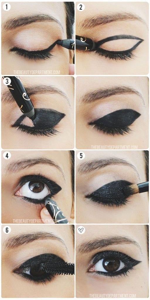 Bold Step By Eyeliner Makeup Tutorial