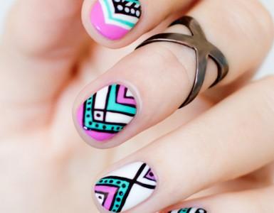 Aztec-Nail-art1