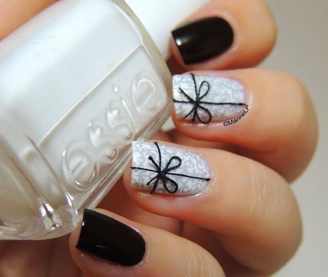 christmas present nails