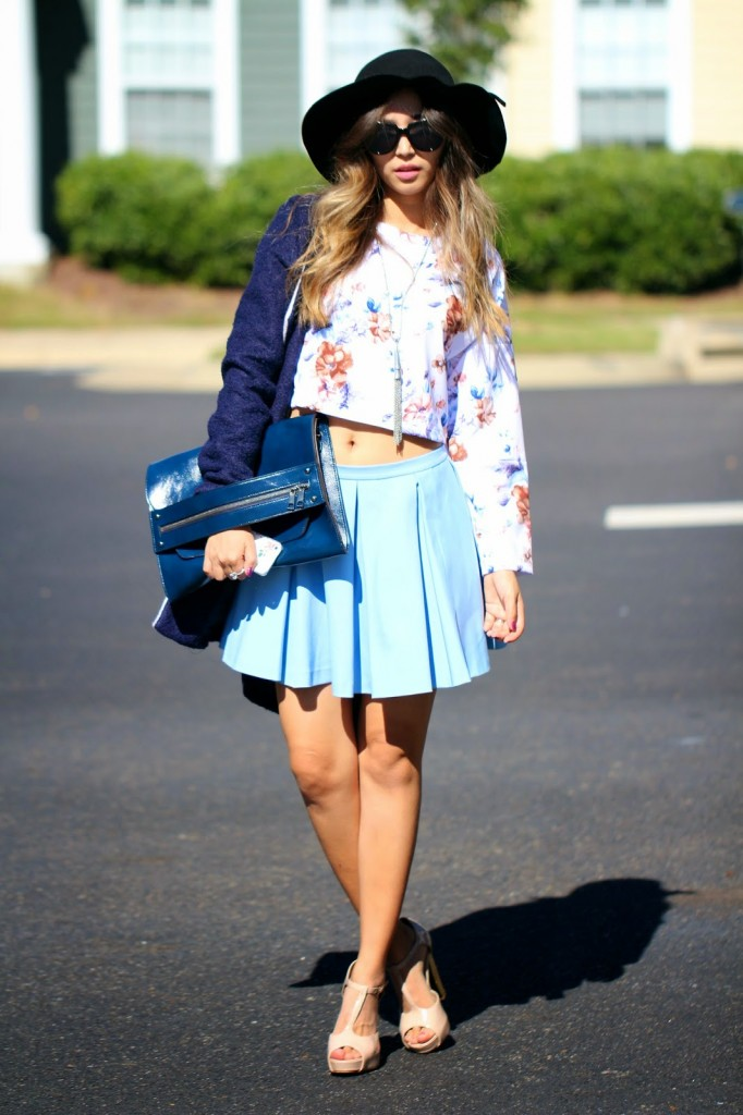 cropt top and skirt