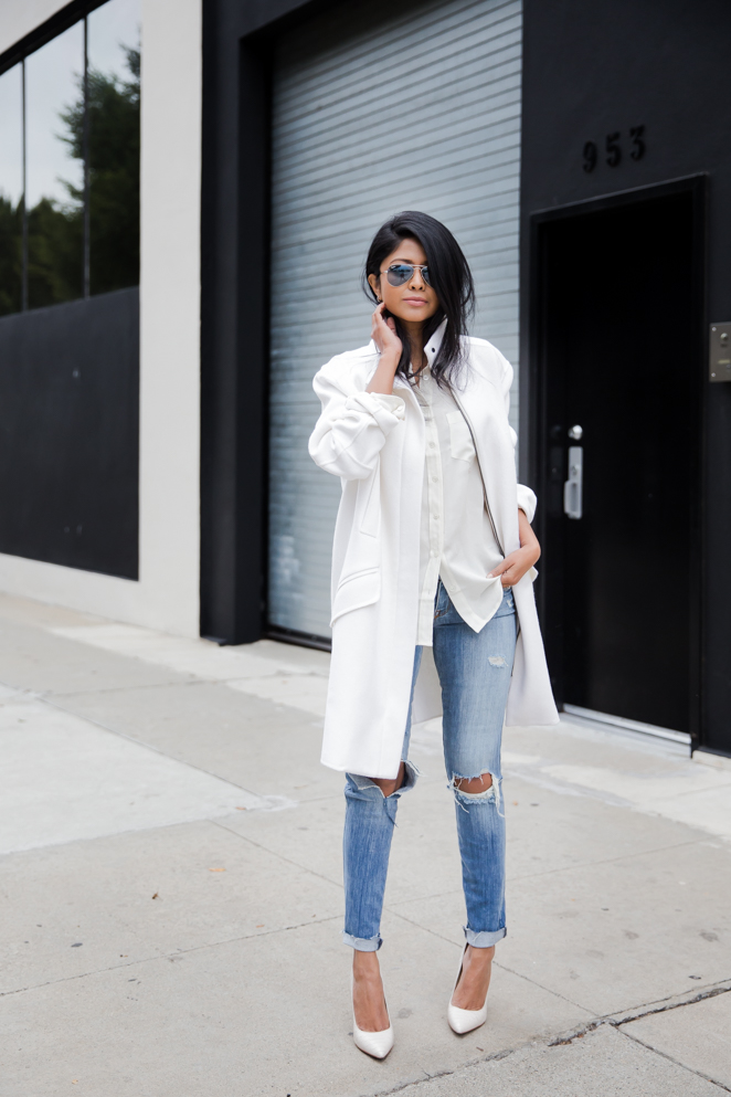 Vince_White_Coat_BlueFly_RippedDenim_WhiteWinterOutfit-1