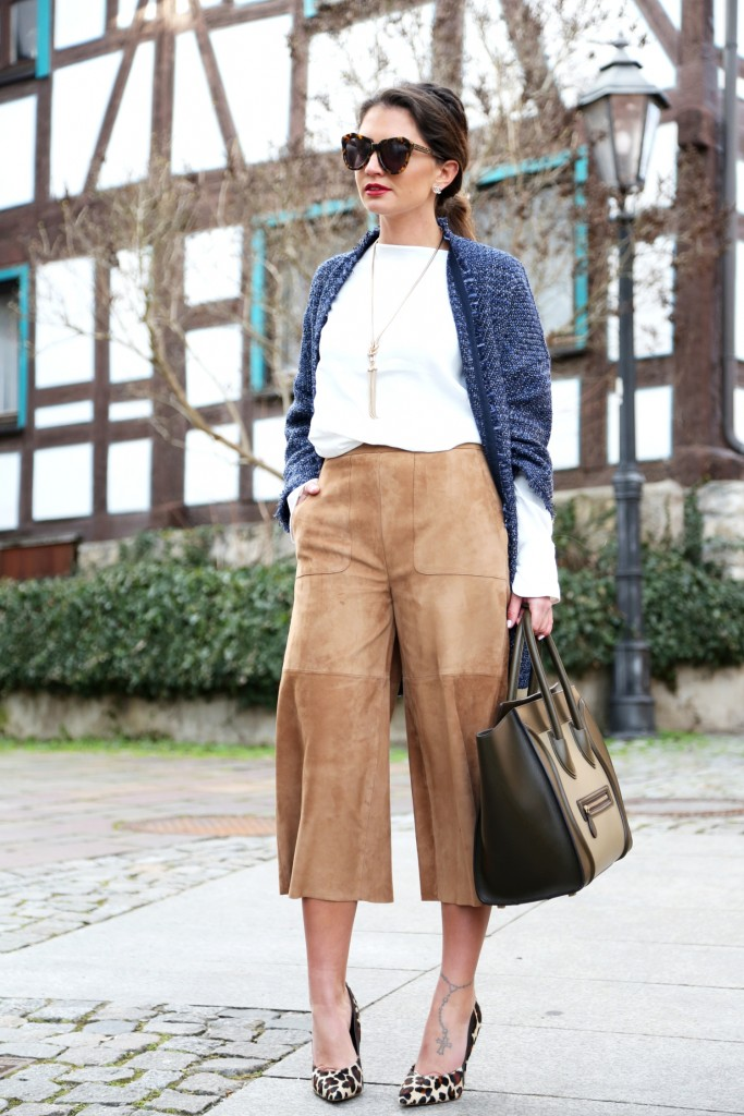 outfit-leather-culotte-celine-luggage-bag